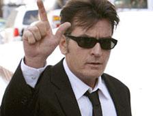 Charlie Sheen oficialmente despedido de Two and a Half Men