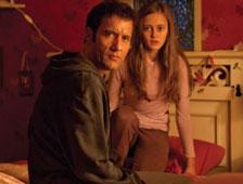 Trailer: Película de terror Intruders con Clive Owen