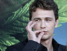 James Franco creando y vendiendo Arte Invisible