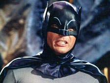 Hará Adam West un cameo en The Dark Knight Rises?
