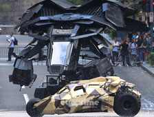 Fotos: El Batwing se estrella en el set de The Dark Knight Rises