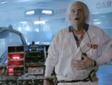 Vídeo: Comercial misterioso muestra a Christopher Lloyd y un DeLorean