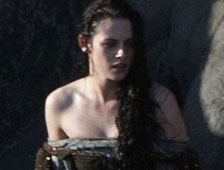 Fotos: Kristen Stewart está mojada y sexy en el set de Snow White and the Huntsman
