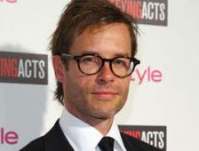 Guy Pearce es el creador del virus Extremis en Iron Man 3