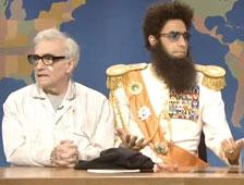 Vídeo: El general Aladeen tortura a Martin Scorsese en SNL