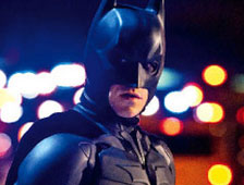 Joss Whedon habla sobre competir con The Dark Knight Rises