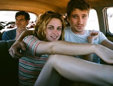 Kristen Stewart topless en On the Road