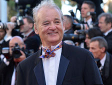 V&iacute;deo: Bill Murray se niega a firmar aut&oacute;grafos, en lugar hace cortometraje con fans