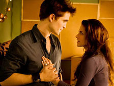 Edward, Bella y Renesmee en nueva foto de Twilight Saga: Braking Dawn - Part 2