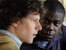 Tráiler de �Why Stop Now, con Jesse Eisenberg y Tracy Morgan