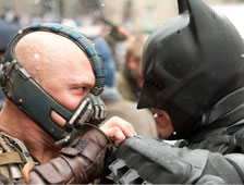 Warner Bros a quitar las armas del trailer de The Dark Knight Rises