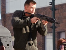 Primer vistazo a Chris Hemsworth en el remake de Red Dawn