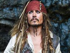 Se le ofrecer&iacute;a a Johnny Depp $95 millones por Piratas del Caribe 5?