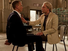 Daniel Craig afirma que James Bond y el malo de Skyfall NO son gays