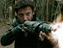 Jeremy Renner no leyó el guion antes de firmar por Hansel and Gretel: Witch Hunters
