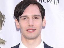 Cory Michael Smith es The Riddler en la serie precuela de Batman, Gotham