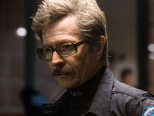 Gary Oldman habla sobre Batman v Superman: Dawn of Justice