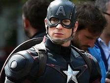 Fotos: Muchos props de Avengers: Age of Ultron en exhibición en el Comic-Con
