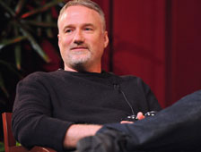 David Fincher se arrepiente de hacer The Game, y dice que las películas de superhéroes son aburridas