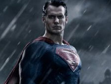 Fotos: Supermán rescata a Lois Lane en el set de Batman v Superman: Dawn of Justice