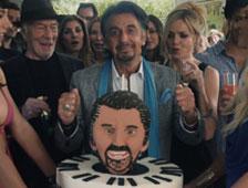 Al Pacino es una madura estrella del rock en el tráiler de Danny Collins