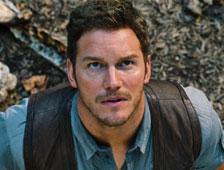 Chris Pratt y un dinosaurio en nueva foto de Jurassic World