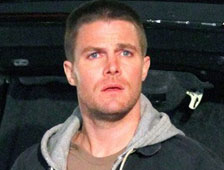 "Primera imagen oficial de Stephen Amell como Casey Jones en ""Teenage Mutant Ninja Turtles 2"""