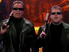 Vídeo: Arnold Schwarzenegger representado escenas de sus mejores películas
