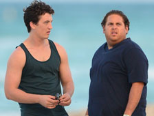 "Primer vistazo a Jonah Hill y Miles Teller en ""Arms and the Dudes"""